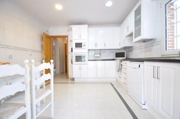 Si buscas vender o alquilar tu piso o casa, lee esta entrevista con ideas, trucos y consejos profesionales de Home Staging de Constanza Subijana para Reparalia / HomeServe.