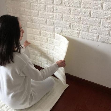 Los profesionales de las reformas y las reparaciones del hogar en toda España de HomeServe te traen ideas para reducir y acabar con los ruidos y la música, con un plan para insonorizar y aislar acústicamente tu hogar.