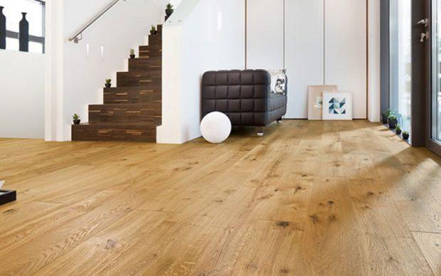 Un hogar con mucho oficio for Como instalar suelo laminado