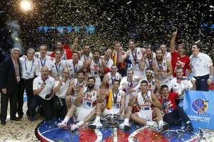 Foto de la selección española de baloncesto, campeona de la Eurobasket 2015. (EFE)