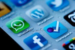 Redes sociales y mensajería (Archivo).