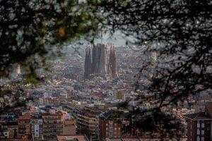 Vista de Barcelona con la Sagrada Familia