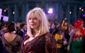 Life_Ball_2014_red_carpet_085_Courtney_Love