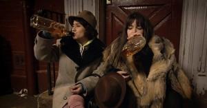 broad-city-pilot-drinking
