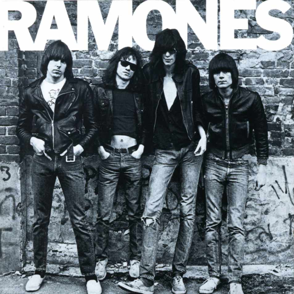 """""""Ramones"""" (1976): desde la izquierda, Johnny, Marky, Joey y Dee Dee"""