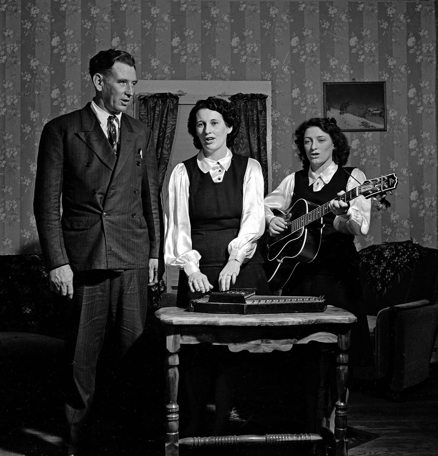 Desde la izquierda, A.P., Sara y Maybelle Carter