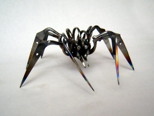 Craft-Trim Scissor Spider - Christopher Locke