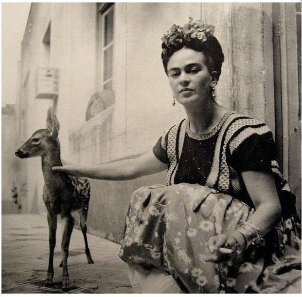 Frida Kahlo retratada por Fritz Henle