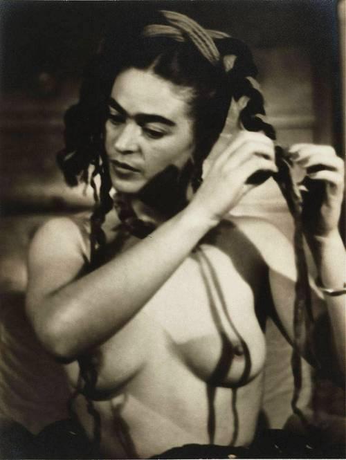 Frida Kahlo retratada por Julien Levy