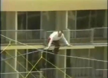 Karl Wallenda justo antes de caer al vacío