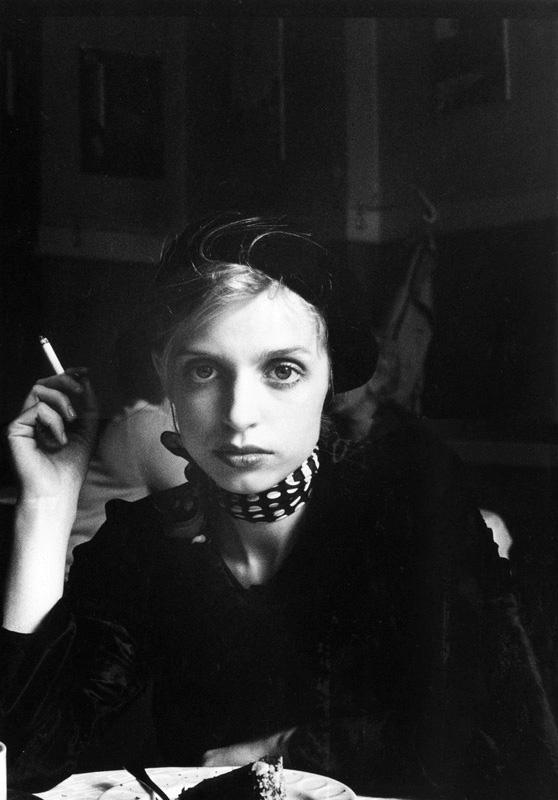 "sibylle bergemann - ""Katharina Thalbach, Schauspielerin, Ostberlin 1973, República Democrática de Alemania"""