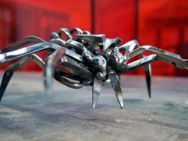 Small Scissor Spider - Christopher Locke