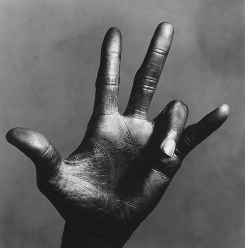 """""""La mano de Miles Davis"""" - Irving Penn"""