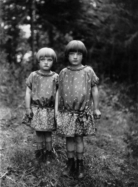 """August Sander - """"Hermanas"""", 1930"""
