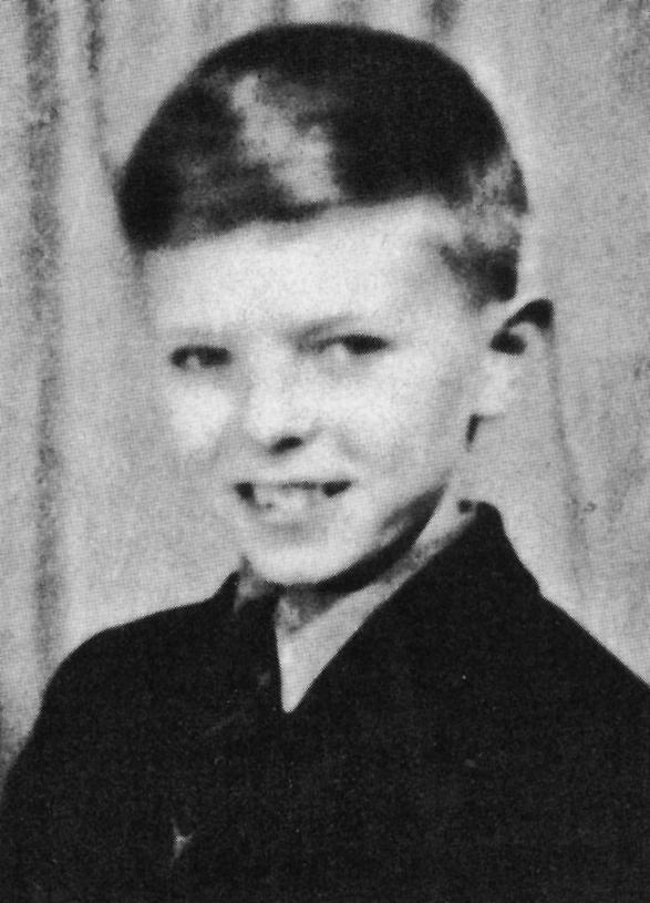 David Jones, 1955