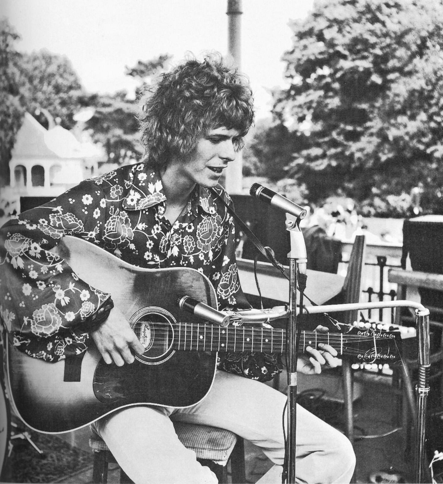 Primera actuación de David Bowie, 16 de agosto de 1969