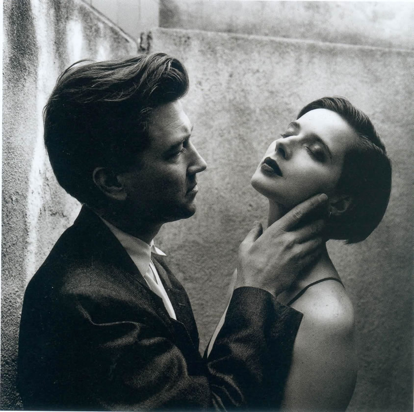 David Lynch e Isabela Rosselini (Helmut Newton, 1992)
