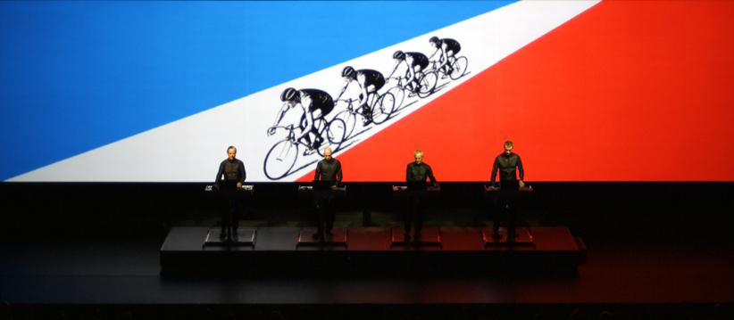 Una de las proyecciones de la retrospectiva de Kraftwerk en el  MoMa