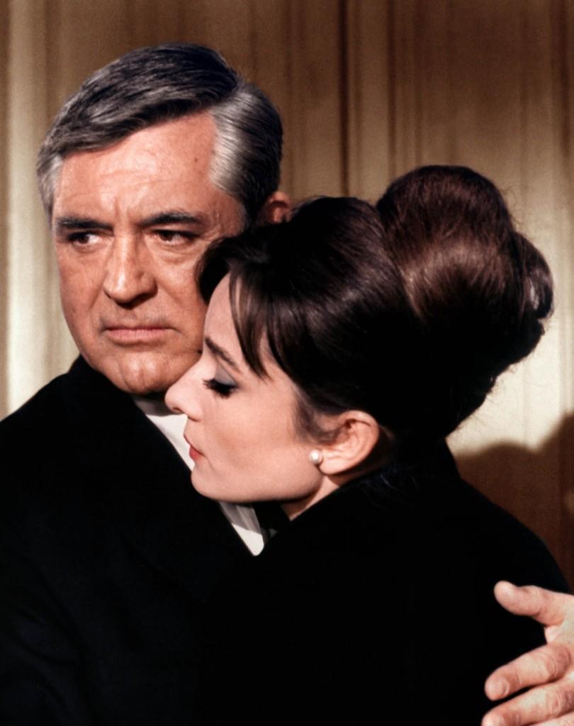 """Con Audrey Hepburn en """"Charada"""" (1963)"""