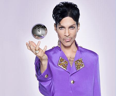 """Foto de promoción del último disco de Prince """"20Ten"""" (2010)"""