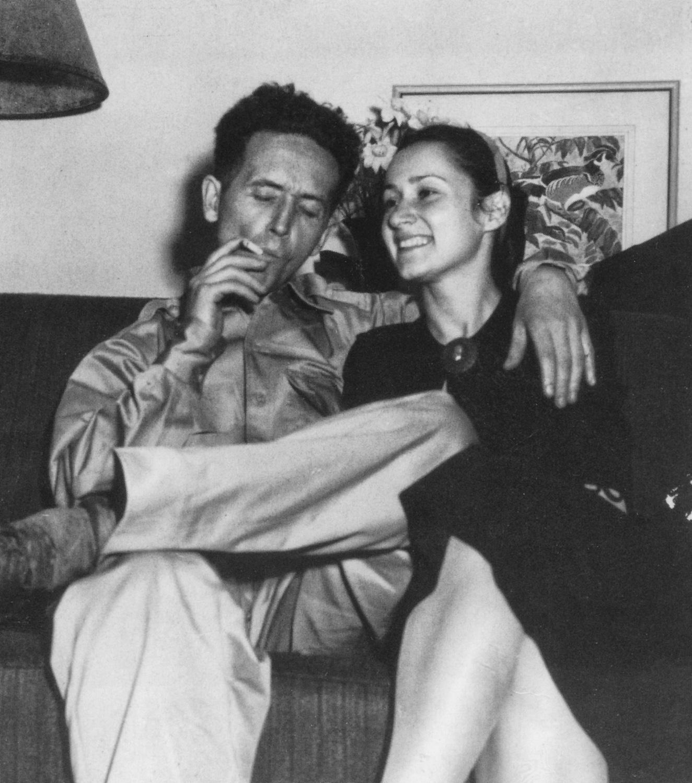 Woody Guthrie y Marjorie Mazia, 1945