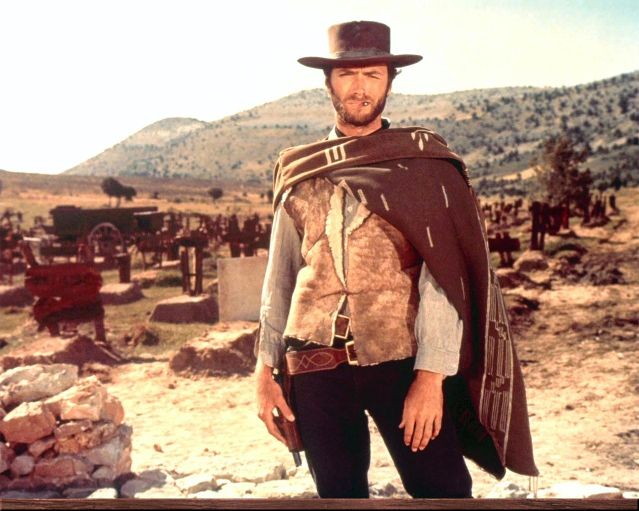 El Hombre sin Nombre y el poncho que nunca fue a la lavandería
