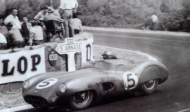 Carrol Shelby y el Aston Martin de la victoria de Le Mans