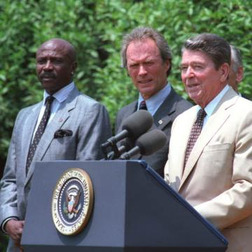 Con el presidente Ronald Reagan