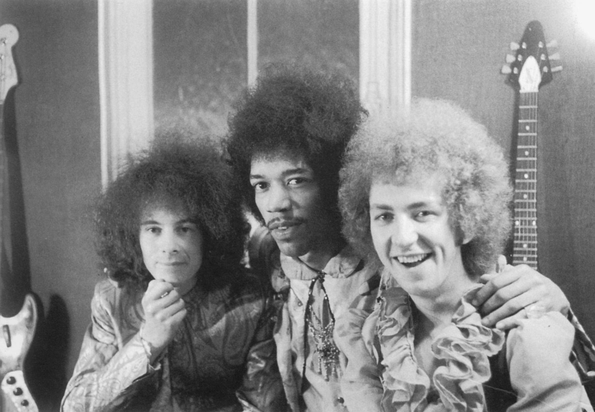 The Jimi Hendrix Experience, 1967. A la izquierda, Noel Redding (bajo). A la derecha, Mitch Mitchel (batería)