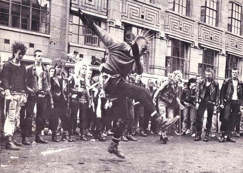 Punks en las calles de Londres