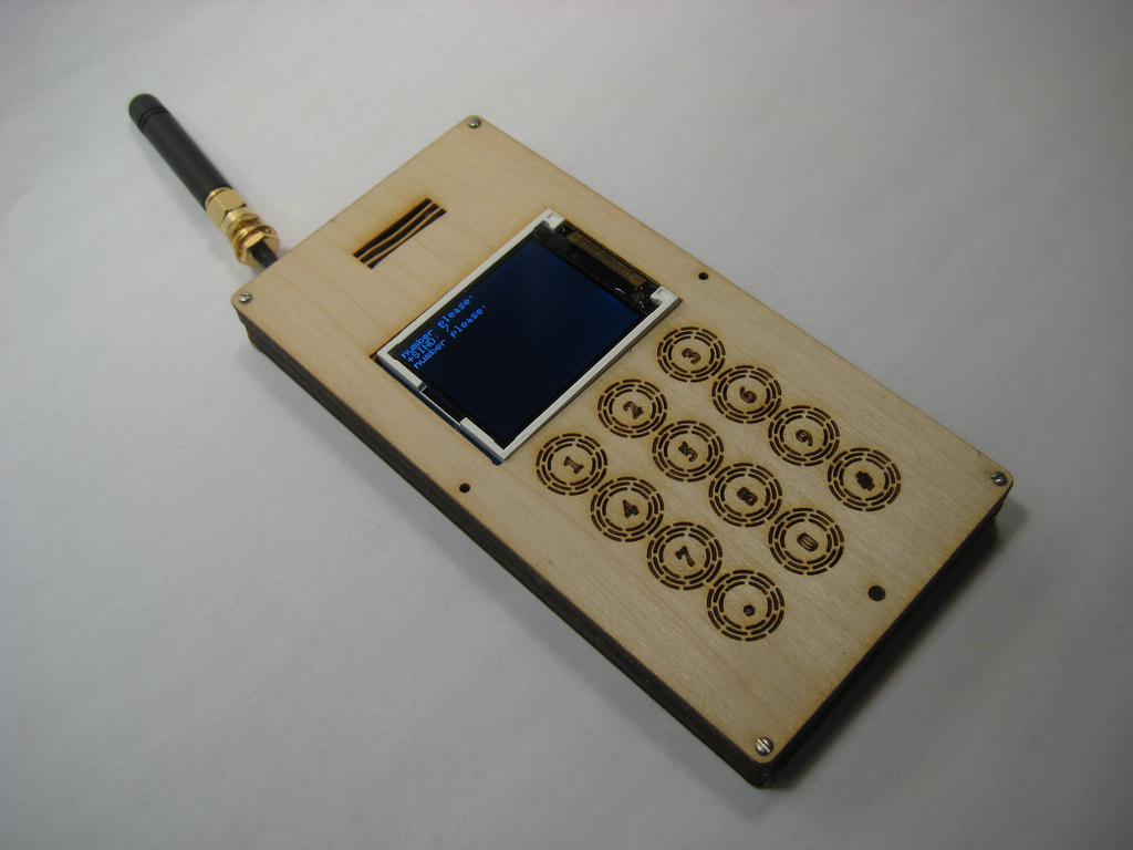 El 'DIY cellphone' de David Mellis