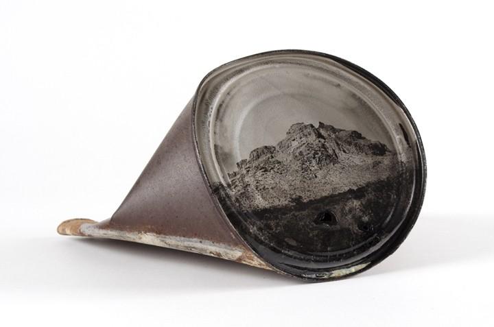 Una de las latas 'fotográficas' de David Emitt Adams