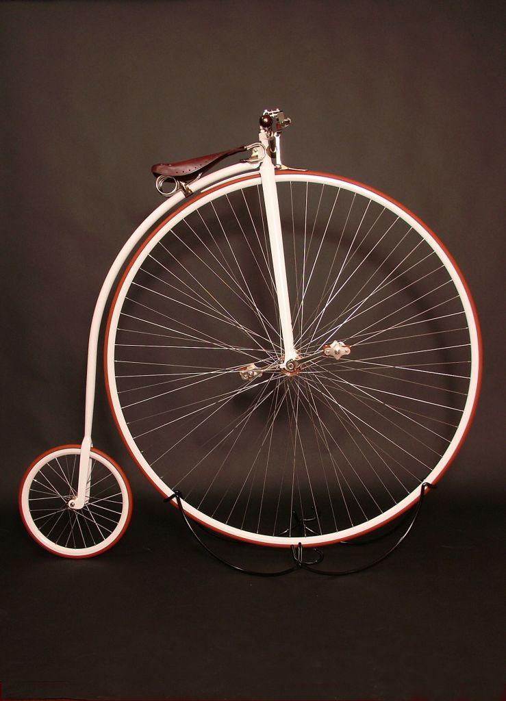Biciclo creado en el taller de Josef Mesicek