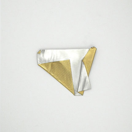 Rubbish Jewellery - Hollie Paxton-paper