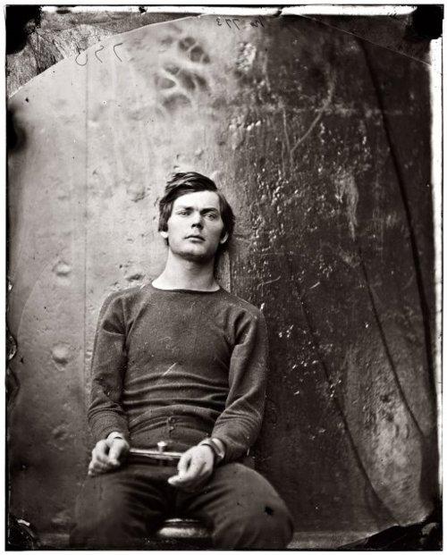 Lewis Thornton Powell, ahorcado tras ser acusado de conspiración en el asesinato de Lincoln, en un retrato de 1865