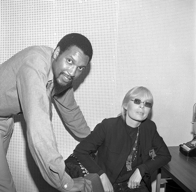 """Tom Wilson y Nico durante la grabación de """"Chelsea Girl"""""""