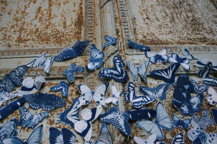 Una artista busca voluntarios para cubrir las ciudades de mariposas ...