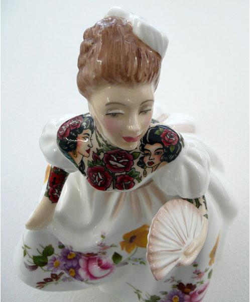 Una de las 'Painted Ladies' que se exponen en la galería L.J. de París-5