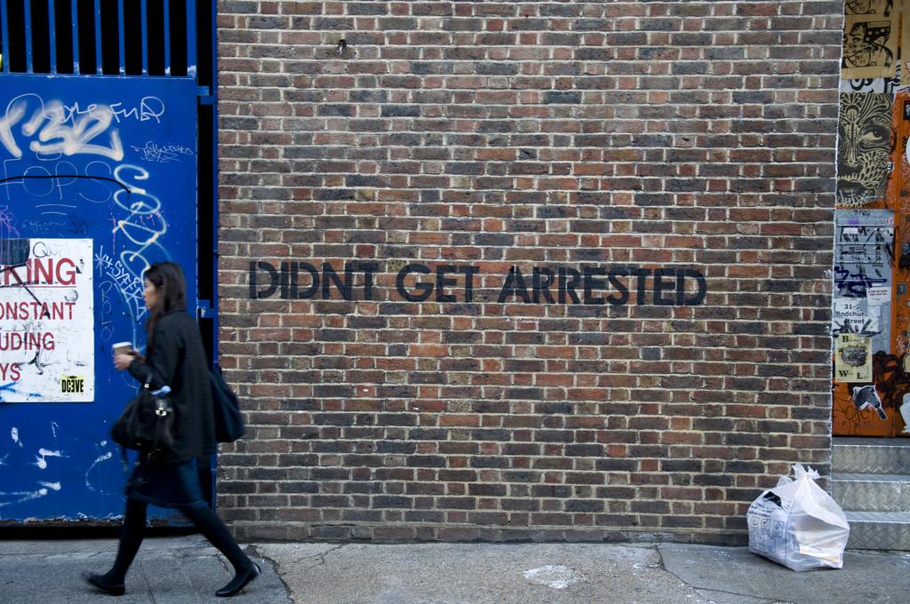 """No me arrestaron"" - Mobstr"