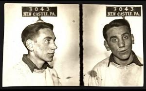 Aaron Saesan, líder del grupo vocal The Blue Serenaders. En 1939 fue detnido por el delito de fornicación (smalltownnoir.com)