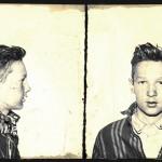 James Dagres, de 15 años, fue detenido en 1934 por vender los muebles de una casa abandonada. No se presentaron cargos (smalltownnoir.com)
