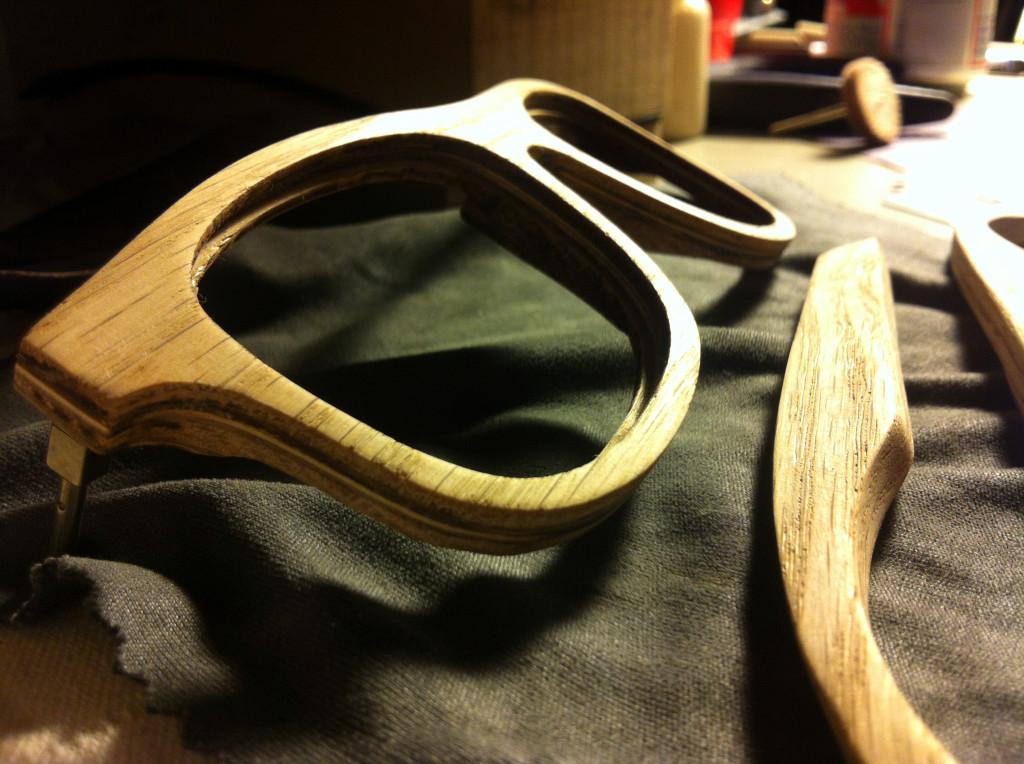 Montura de gafas con madera de Detroit - Foto: Home Eyeware