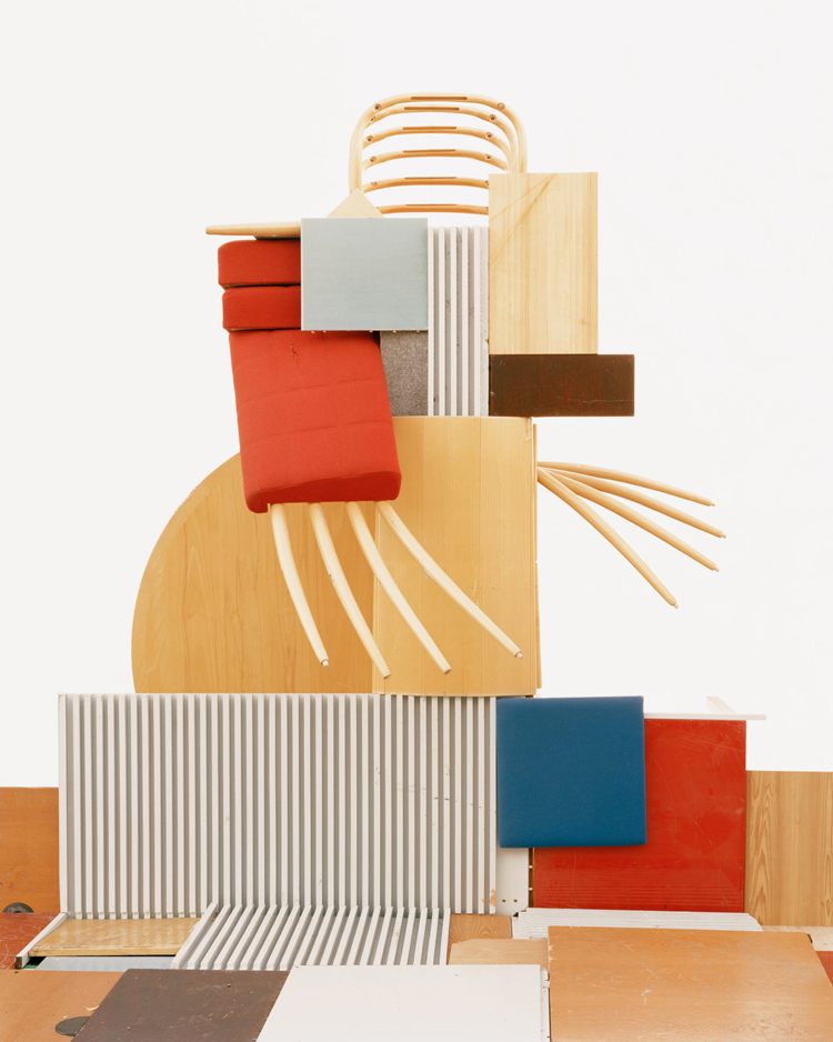 '#1 Furniture' - Waste Management  - Vincent Skoglund