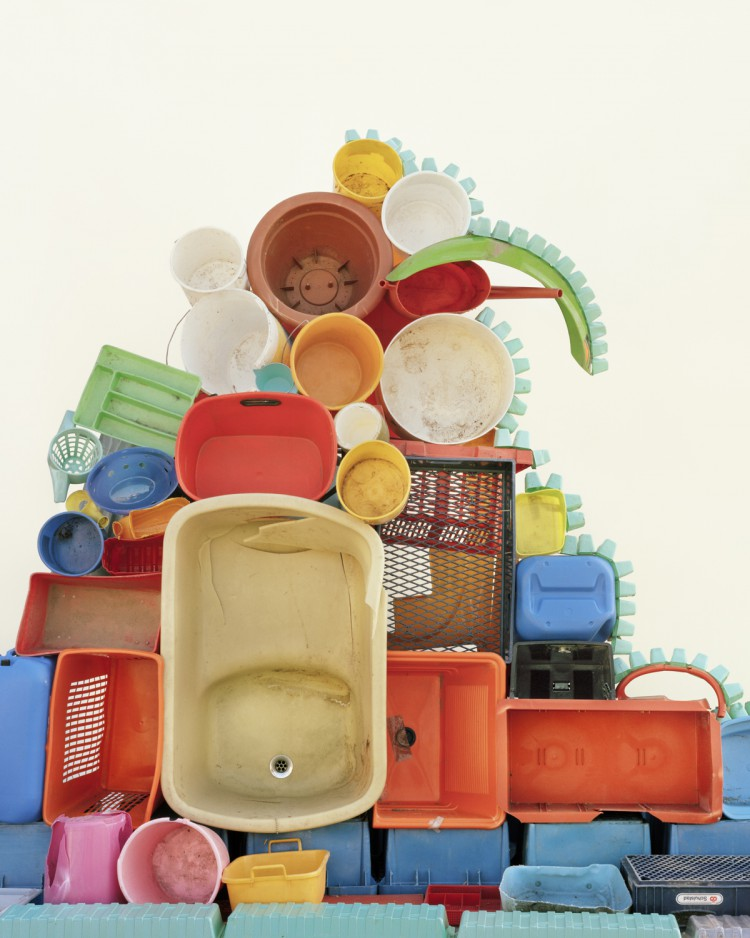 '#24 Plastic Containers' - Waste Management - Vincent Skoglund