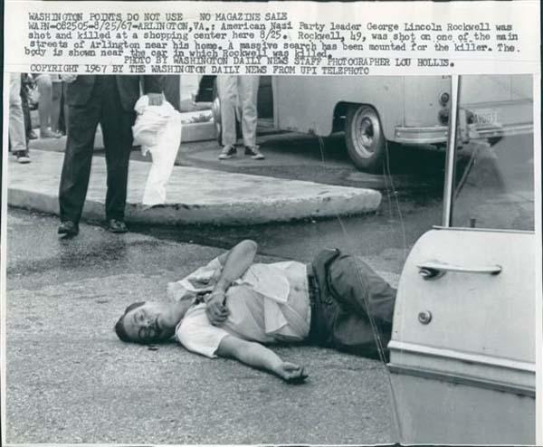 El cadáver de Rockwell yace en la calle en una foto de agencia de la época