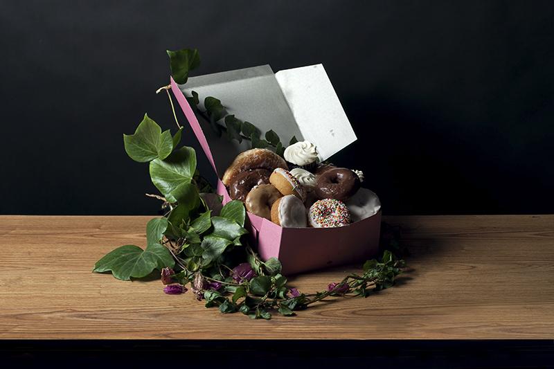 'Donuts' - Rebecca Rütten