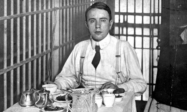 Harry Thaw en comisaria unas horas después de asesinar a White