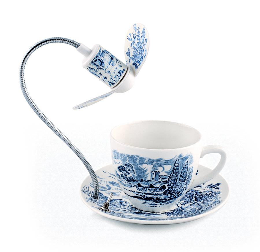 Taza de té con ventilador incorporado - Dominic Wilcox. Foto: Pec studio