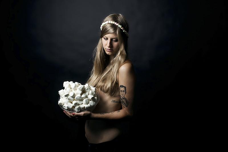 'Thea' - Rebecca Rütten