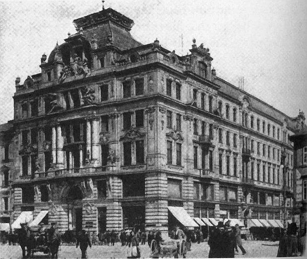 Sede de la compañía de seguros de Praga en la que trabajaba Kafka